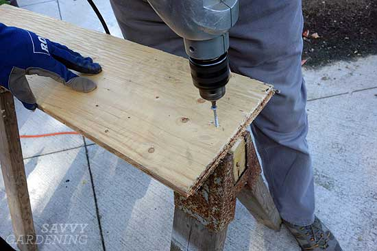 sawhorse prep for washbasin raised bed