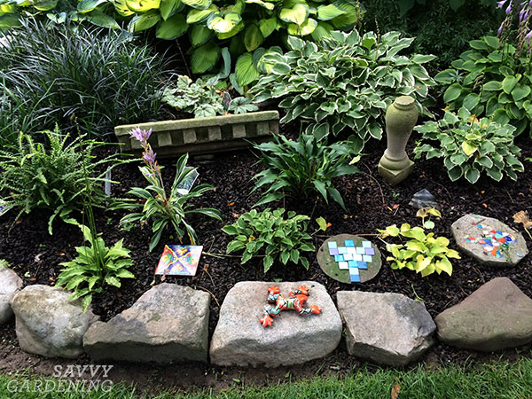 For a simple edging project, rocks can be arranged the length of your garden.