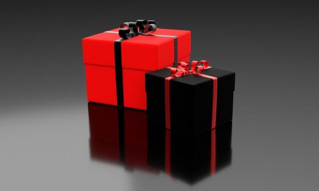 กล่องของขวัญไม่ควรใช้สีดำเด็ดขาด สุขสันต์วันเกิด sawadd