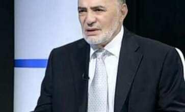 Photo of العضايلة ينعي الدكتور عربيات