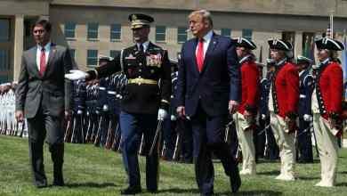 """Photo of """"حيلة الزبادي"""".. هكذا أقنع البنتاغون ترامب بالبقاء في سوريا؟"""