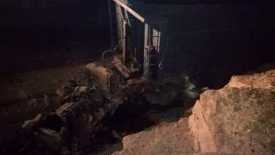 Photo of وفاة شخص بحادث تدهور تريلا في معان (صور)
