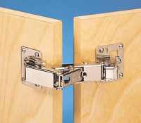 Choosing Cabinet Doors and Hinges