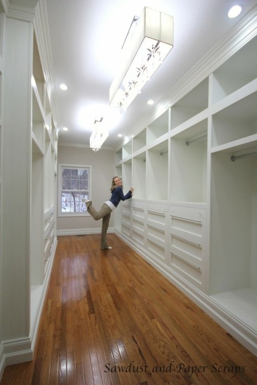 master-closet-builtins-white