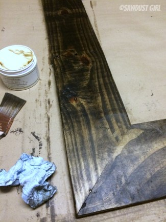 Rustic DIY Wood Frame