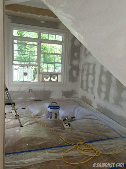 How to Reduce Dust when Sanding Drywall - Sawdust Girl®