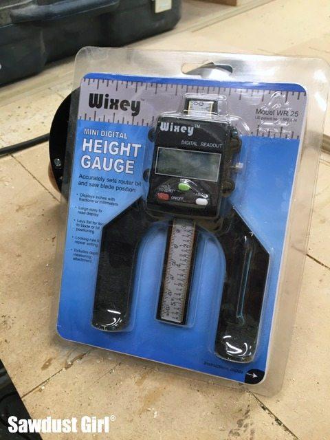 Using a digital height gauge
