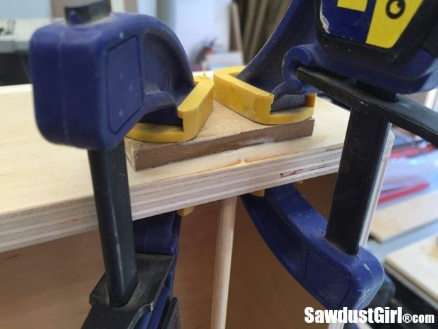 dowel support