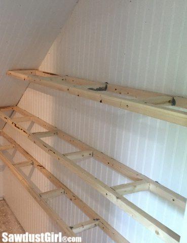 Building floating wood shelves