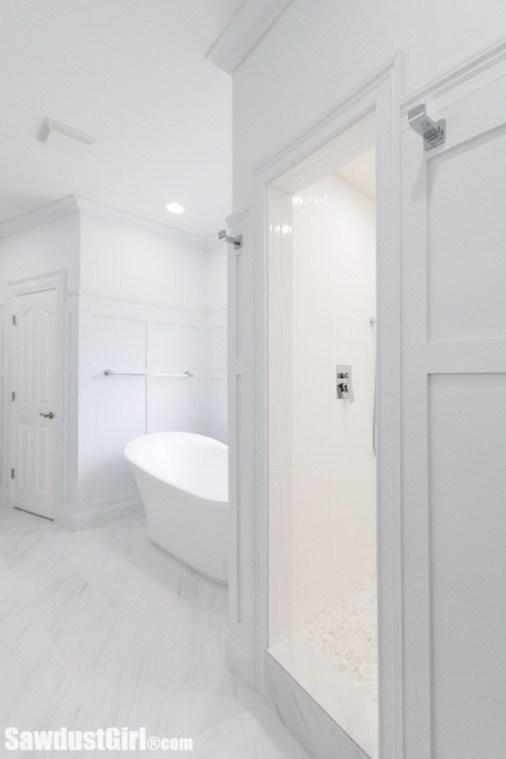 beautiful  master bathroom with soaking tub