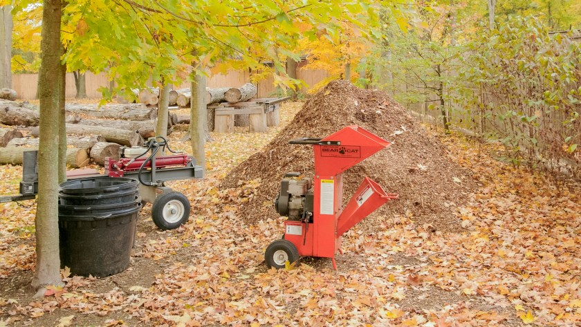 Chipper Log Splitter and Chainsaw Mill