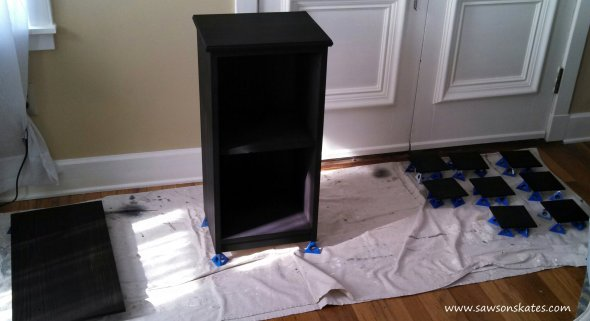 apothecary finishing sitePerfect! This small DIY apothecary cabinet would be prefect as end table, night stand or for storage in the bathroom. Plus the plans are easy to follow. Putting this project my to do list!