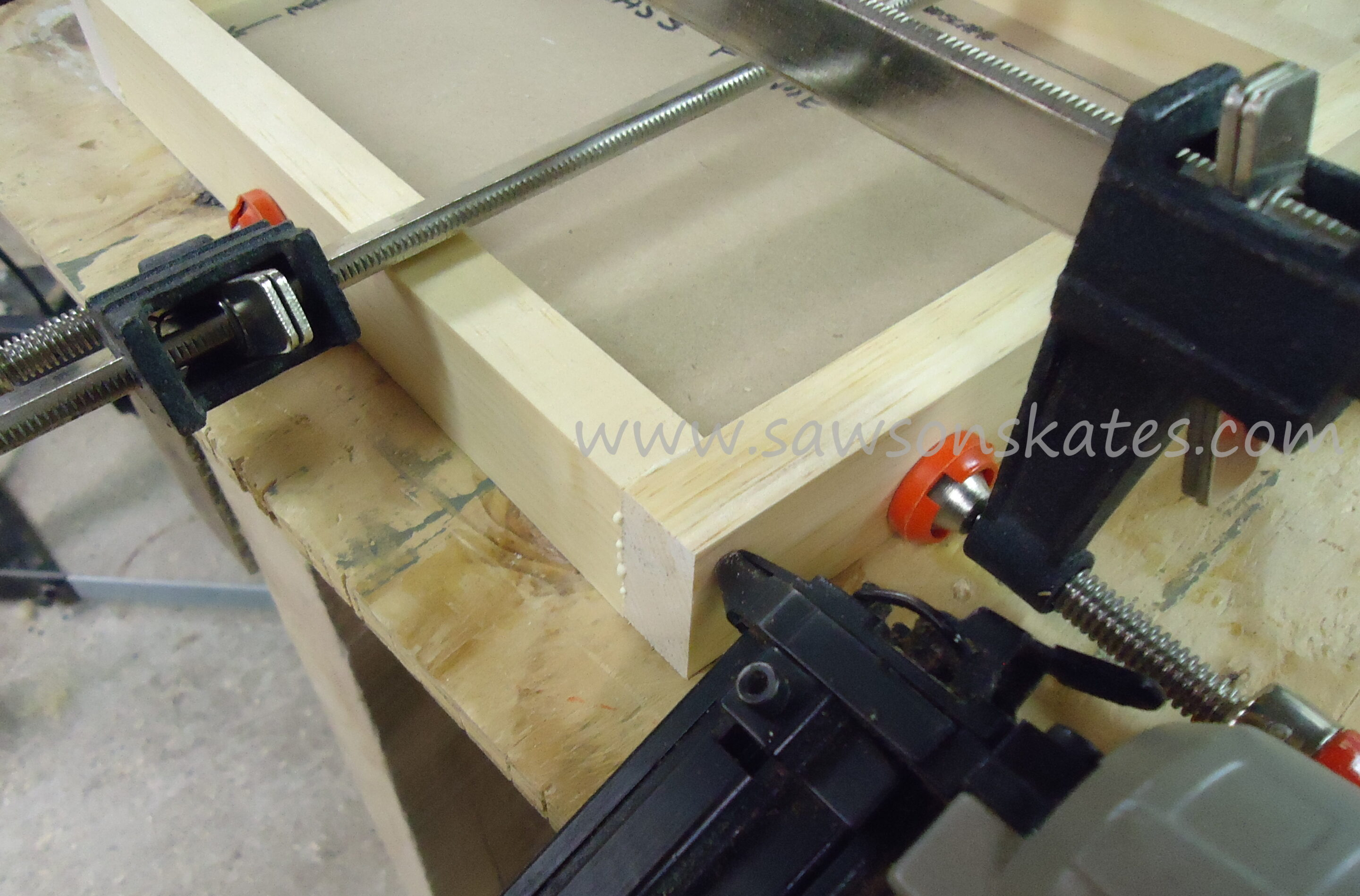 Diy no miter cut picture frame step 8 pre drill counter sink holes on the back of the glass frame attach to face frame using glue and 2 wood screws glass frame should set in jeuxipadfo Choice Image