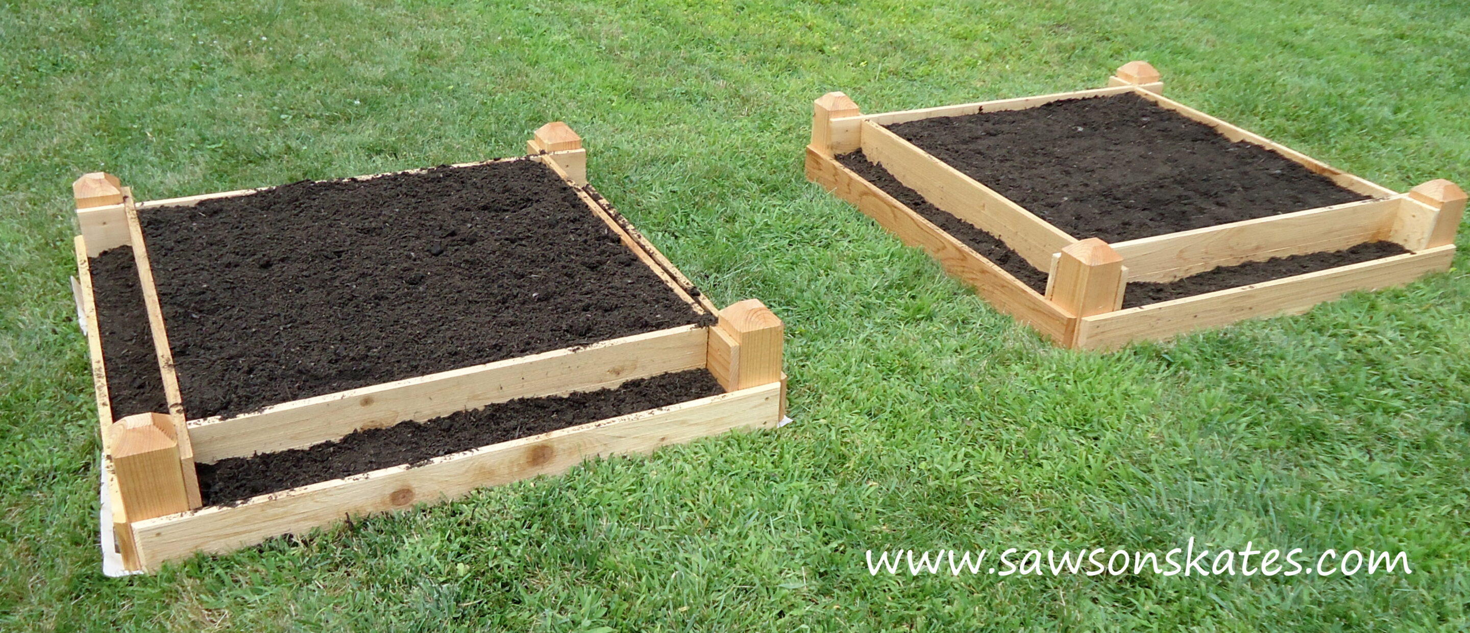 How to make a diy raised garden bed for Diy patio bed