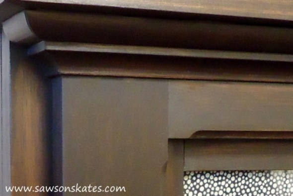 Electric Fireplace Mantle Close Up of Bed Molding