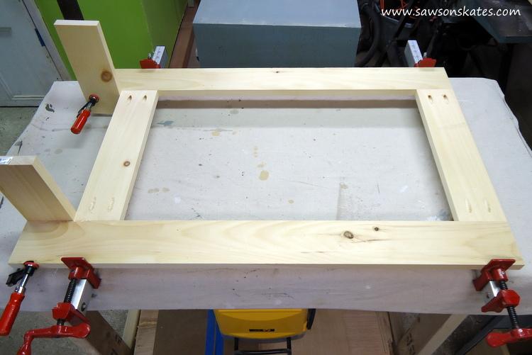 folding workbench leg assembly