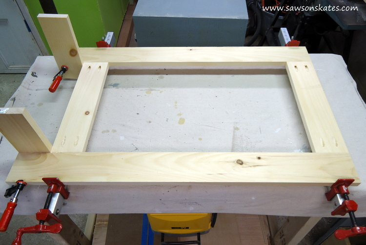 folding workbench leg assembly