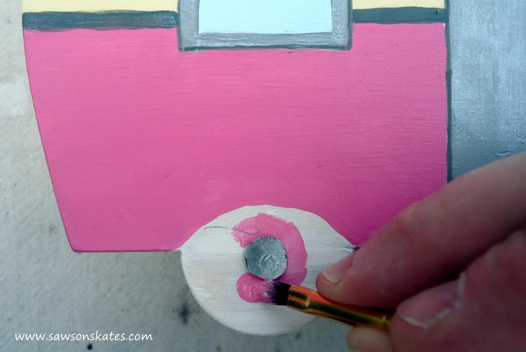 DIY Painted Wooden Vintage Camper Napkin Holder - Paint the camper 3