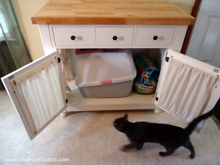 Kitties are cute, but kitty litter boxes are UGLY! This tutorial shows how to make a DIY kitty litter cabinet that hides a litter box and has extra storage for litter. Plus it's attractive enough to display in a kitchen or dining room!