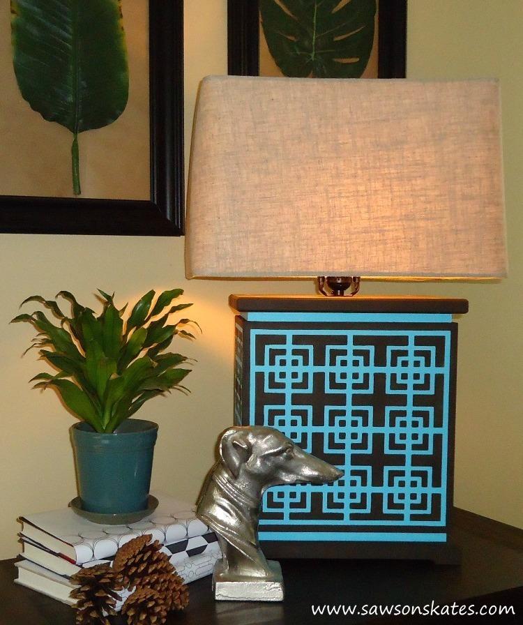 How to make a DIY photo backdrop - www.sawsonskates.com