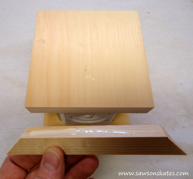Easy wooden DIY candle holder - apply glue to cove moulding for base