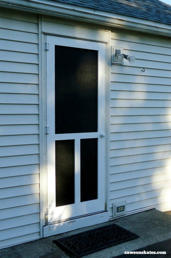 Looking for screen door ideas? Build your own wooden DIY screen door with these plans - screen door after