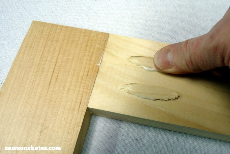 Want to know how to use a Kreg Jig? This tutorial gives tips for avoiding mistakes when drilling pocket holes for DIY projects - fill pocket holes with plugs and make the pocket holes virtually disappear