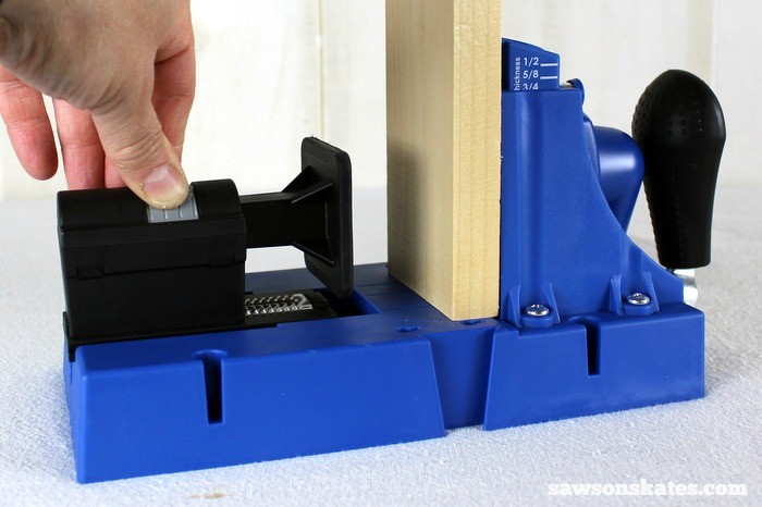 The Kreg Jig K5 features a racheting clamp with a soft rubber face