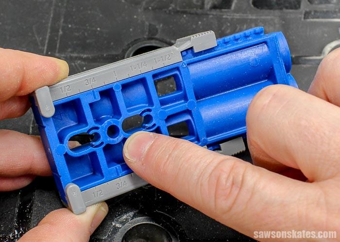 The Kreg Jig R3 can be attached to a workpiece with a screw