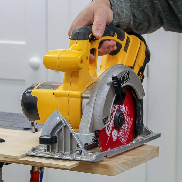 How to Make a Circular Saw Crosscut Jig