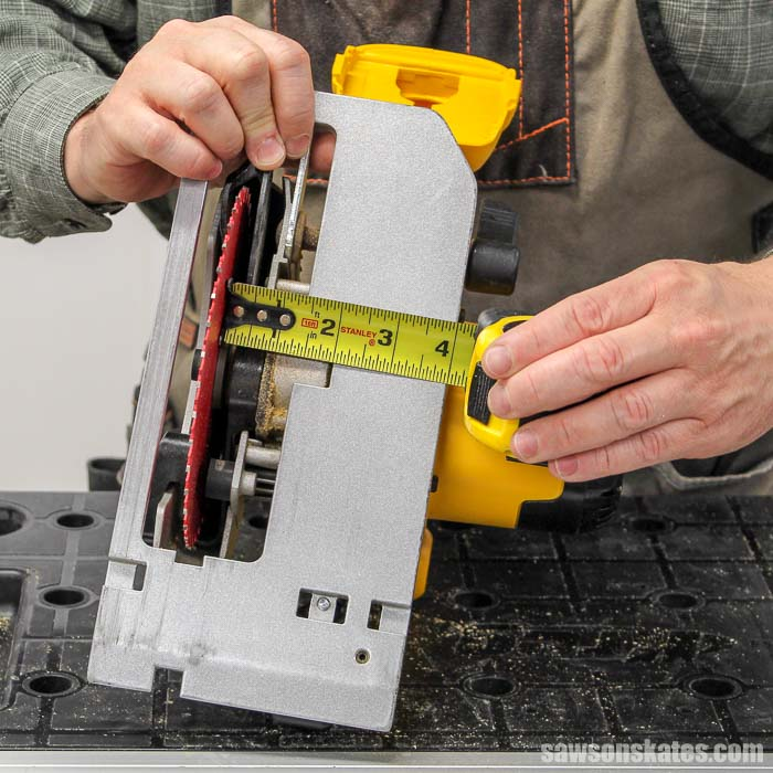 Measuring the left side of a circular saw to make a DIY circular saw miter jig
