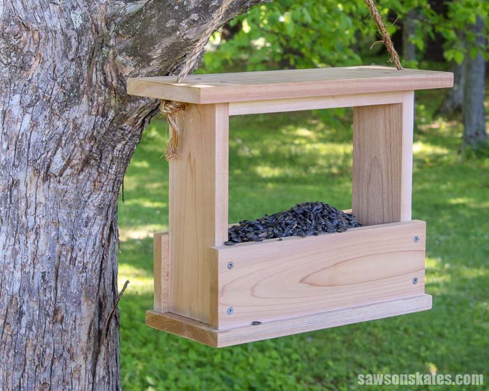 Give the birds a tasty snack with this DIY bird feeder! It's an easy project made with a few basic tools. Great for yourself, a gift, or to make with kids.