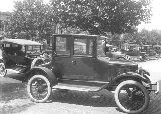 1916-American-Automobile