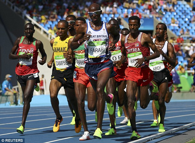Mohamed Farah secured a third-place finish in heat 1 of the 5,000m race at the Olympics