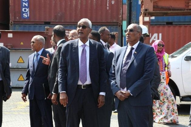 Madaxweynaha Somaliland Oo Booqasho Ku Tegay Dekedda Djibouti
