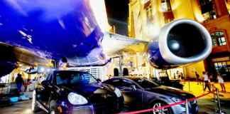 Hudheel Diyaarad Boeing 737 Ah Ku Dhex Yaala