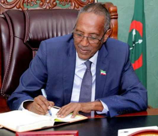 Madaxweynaha Somaliland Oo Masuuliyiin Cusub Xilal U Magacaabay Kuwo Kalena Shaqada Ka Eryey