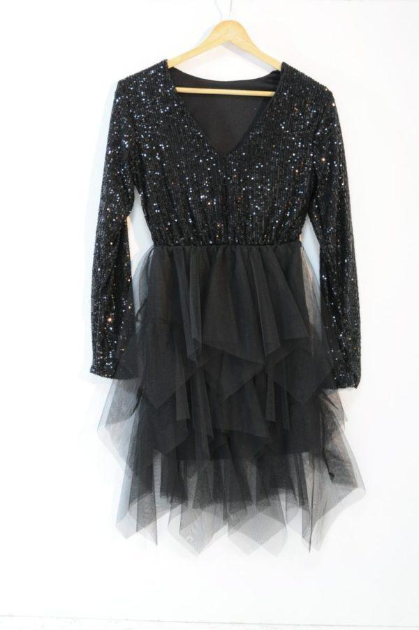 Rochie neagra cu anchior din tull si paiete