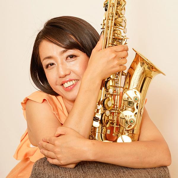 Ayumi Nishida Saxophoniste