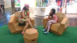 spending quality time with my niece in One Raffles Place
