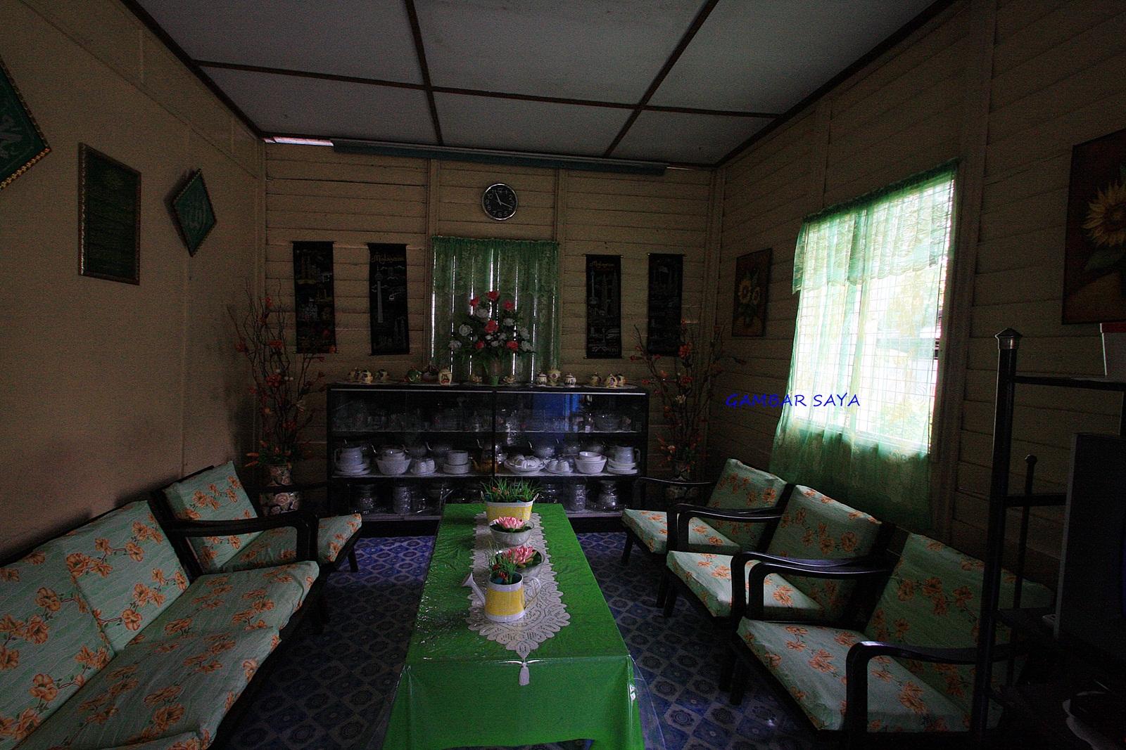 Gambar Gambar Hiasan Ruang Tamu Rumah Kampung Dream Home