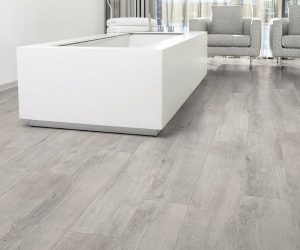 aquastep_waterproof_laminate_flooring_grey_oak_v-groove