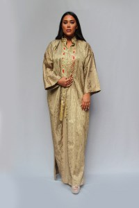 Abaya made of Viscose and The Damascene Sayeh fabric - embossed arabic calligraphy - super quality Gold color. Fast shipping to all European.