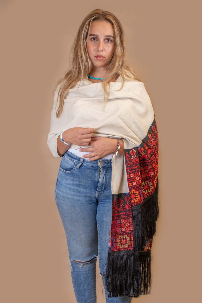 Scarf (shawl) with oriental style – Linen