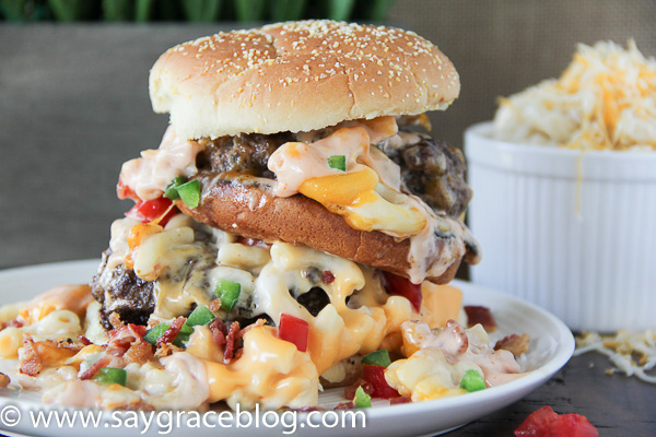 Outrageous Mac and Cheeseburger