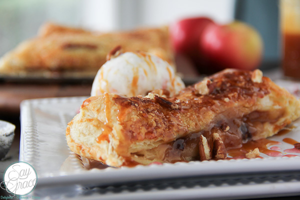 Salted Caramel-Pecan Apple Slab