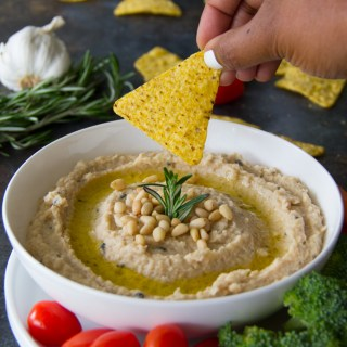 Roasted Garlic & Rosemary White Bean Dip Recipe {Vegan}