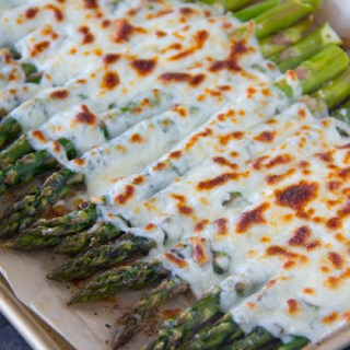 Garlicky and Cheesy Asparagus Recipe