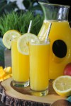Homemade Mango Lemonade Recipe