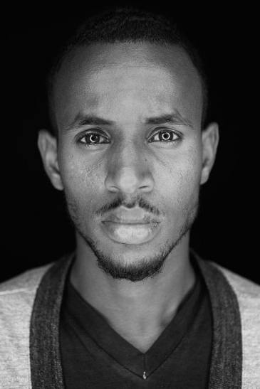 419526-20120327-somali-photographer8